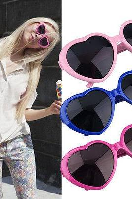Fashion Vintage Retro Lolita Heart Shaped Unisex Frame Women Sunglasses